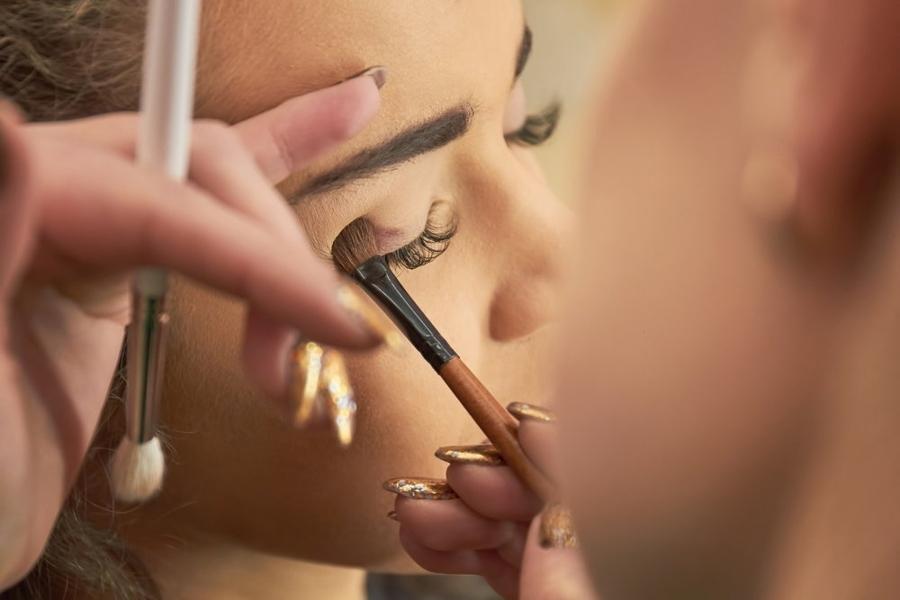 Nie używaj przeterminowanych kosmetyków