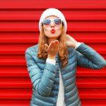 Modne kurtki damskie – sprawdź, co króluje w tym sezonie