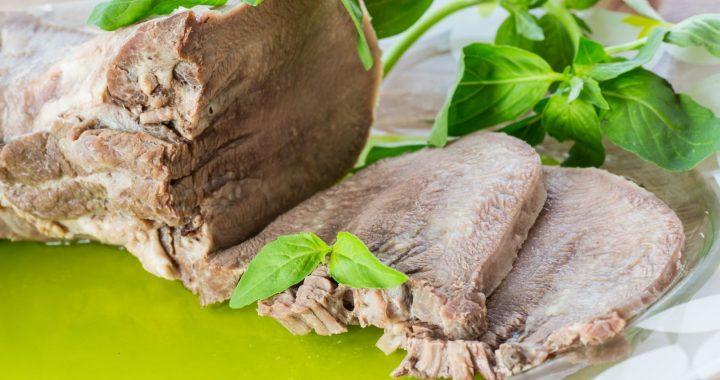 Kotły warzelne i komory wędzarnicze niezbędne nie tylko w wytwórstwie mięs i wędlin