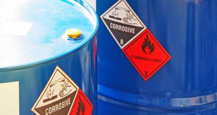 Co musisz wiedzieć na temat postępowania z odpadami niebezpiecznymi?