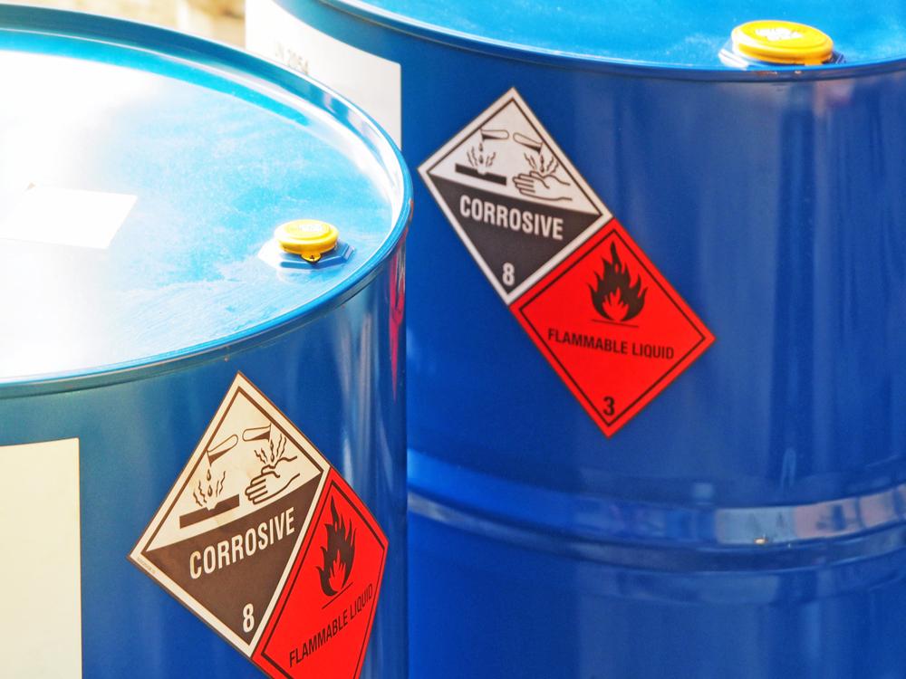 Co musisz wiedzieć na temat postępowania z odpadami niebezpiecznymi