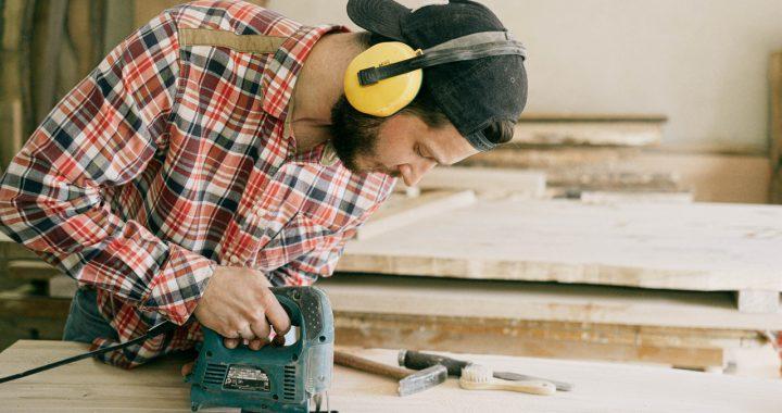 Artykuły BHP – niezbędna ochrona w czasie pracy