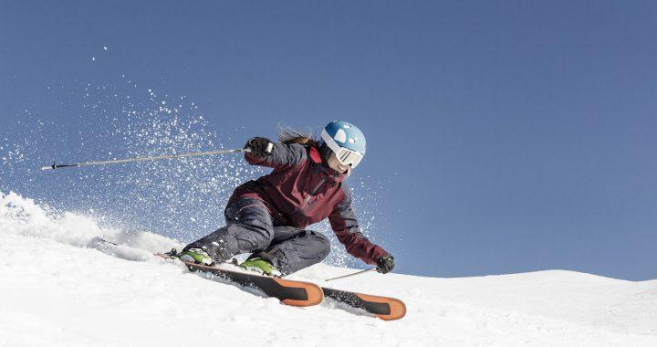 Style jazdy na nartach. Poznaj najpopularniejsze z nich